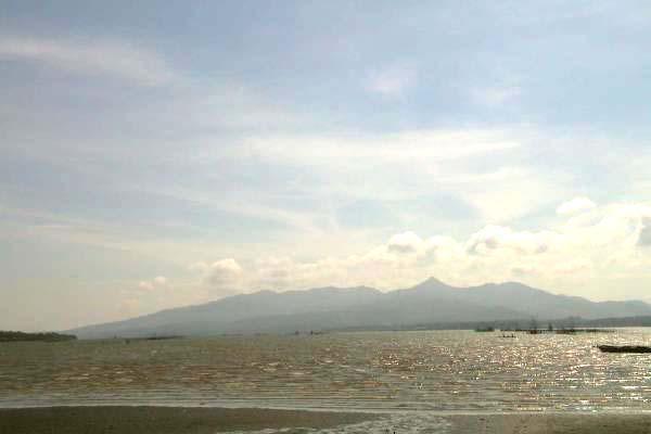 provinceoflanaoviewedfromtangubbay